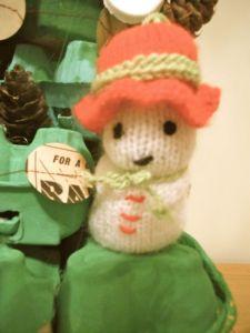 Knitted snowmen!