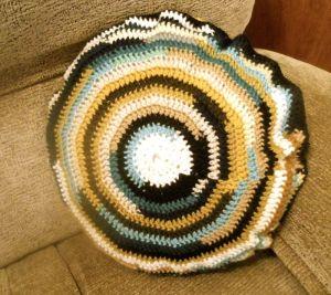 Crochet cushion-finished1