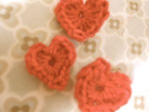 crochet hearts1