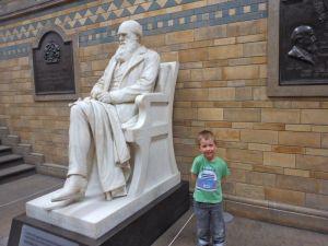 BigSmall posing next to Charles Darwin's statue :)