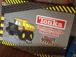 Construction site jigsaw book-and all the pieces are still there! £3